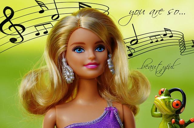 dowcipy o blondynkach, kawały o blondynkach, blondynka